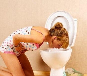 Признаки и симптомы утреней тошноты. Первые признаки беременноссти