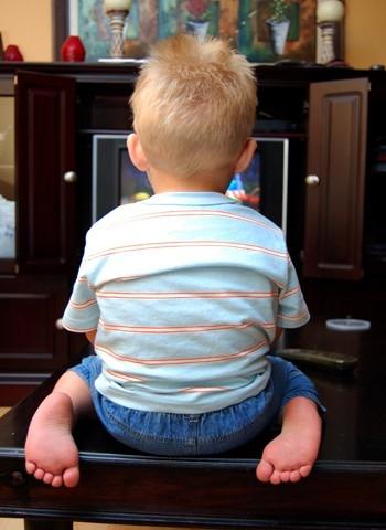 телевидение не более часа в день