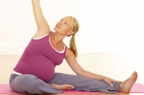 какой вид упражнений подходит во время беременности