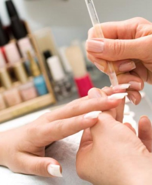 наращивание ногтей и беременность