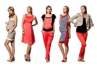 Как нужно одеваться молодой маме, чтобы при этом выглядеть модно?