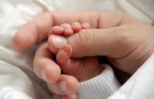 Ухаживаем за ногтями малыша