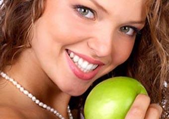 Как сделать свою улыбку красивой и белоснежной?
