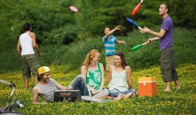 Как можно весело и хорошо отдохнуть с друзьями?