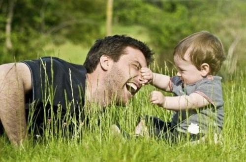 Как правильно играть со своим ребенком?