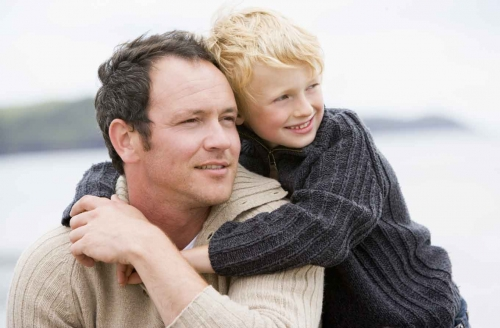 Молодой отец и красивый мужчина. Совместимы ли эти два понятия?