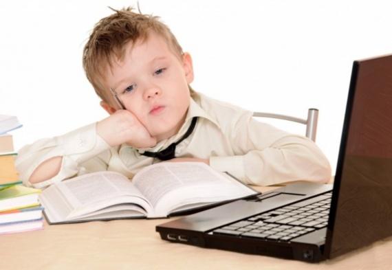 Когда своему ребенку можно покупать компьютер?