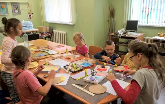 Записываем ребенка в детский кружок