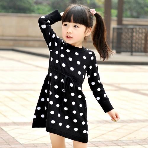 Почему лучше покупать платья для девочки из трикотажа