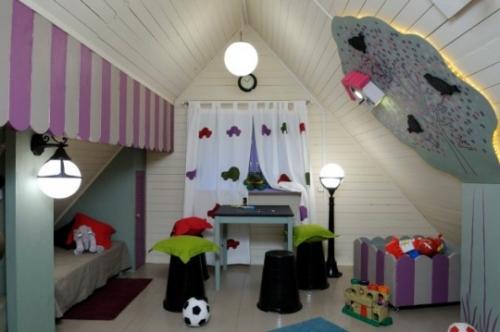 Делаем детскую комнату на даче