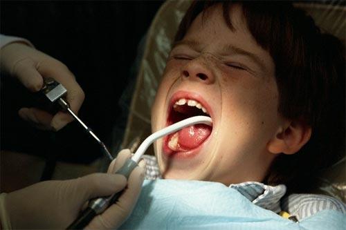 Настраиваем ребенка на поход к стоматологу