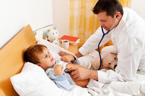 Что нужно делать, чтобы ребенок не боялся врача