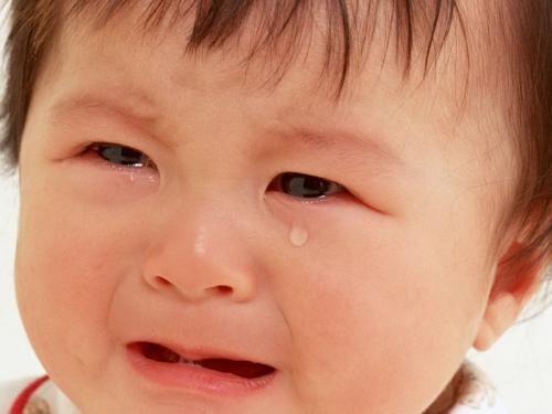 О причинах детских криков и плача