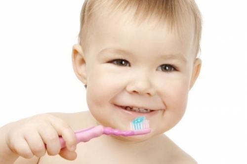 О выборе зубной пасты ребенку