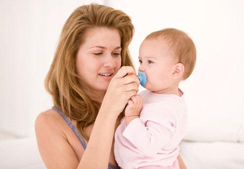 О чем следует помнить, отучая  ребенка от пустышки