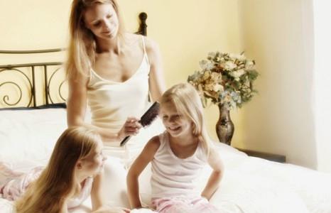 Родителям о том, как ухаживать за волосами девочек