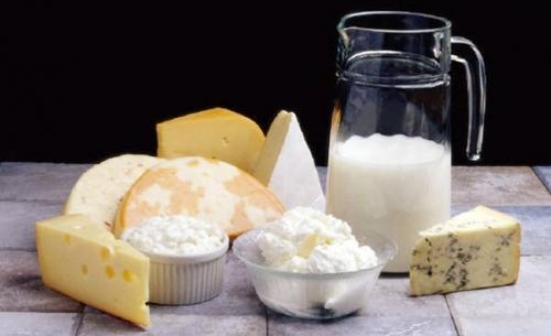 О тех витаминах и продуктах, которые способствуют здоровью детских зубов