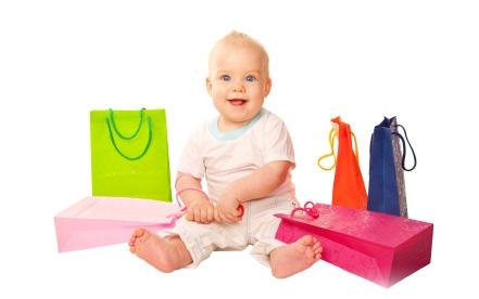 Чем привлекают покупки через Интернет современных мамочек?